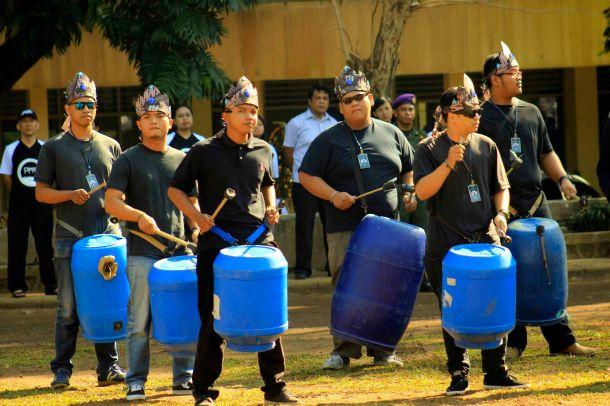 Drum dan Perut Sama Besarnya