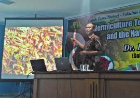 Bintoro Gunadi, Biolog yang Punya 'Ratusan RibuKaryawan'